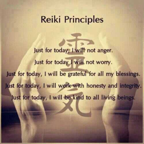 Reiki Training Levels 1, 2 and Reiki Master Practitioner photo