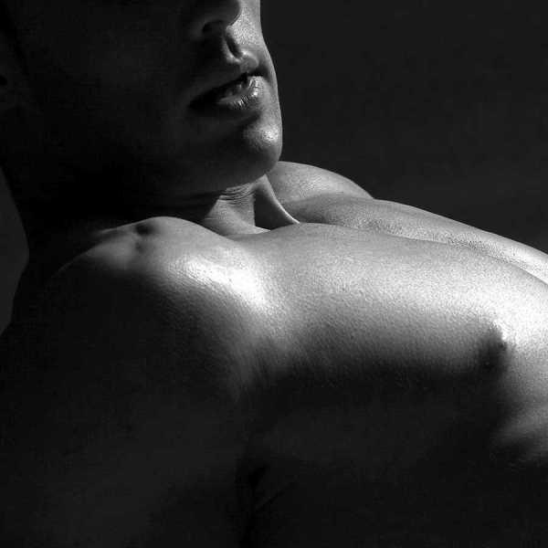 Sensual Erotic Male Massage photo